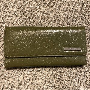 🌻Kenneth Cole Reaction Tri-fold Wallet